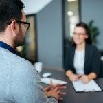 Comment embaucher des profils qualifiés pour des missions courtes ?