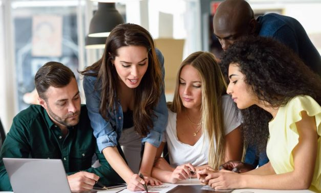 Qu'est-ce que le social learning ?