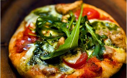 Pizza au fenouil et aux olives