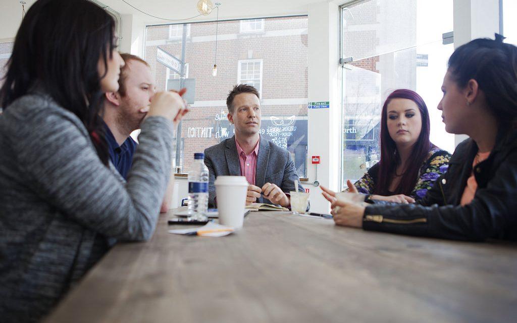 Les bases du management. Comment gérer son premier employé jusqu'à une petite équipe de 5 personnes ?