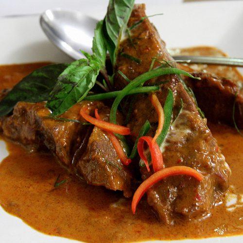 Boeuf au curry Panang (Panang Nua) (พะแนงเนื้อ)