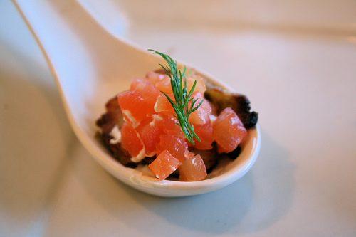 Le saumon en 3 façons : gravlax, roulade et mariné